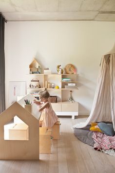 Light And Bright Playroom Deco Kids Room Kids Furniture Kids Decor Girl Room, Girls Bedroom, Bedroom Ideas, Bedroom Decor, Modern Kids Bedroom, Childrens Bedroom, Room Baby, Queen Bedroom, Baby Rooms