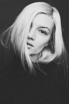 pinterest.com/fra411 #face - Anne-Sofie List (Supreme) Hannah Sider ©