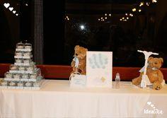 Recuerdos y decoración, cupcakes personalizados y un cuadro para las firmas de los invitados, creando momentos únicos #siempreideatika