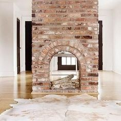 Double Sided Fireplace : Doesn't even have to be functioning. I just want one in the worst way.
