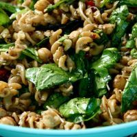 Pasta with Chickpeas, Spinach, Sun Dried Tomatoes, and Walnuts