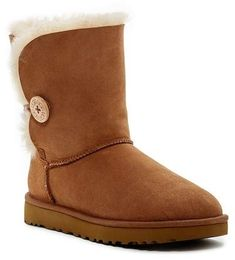 Bailey Button II Genuine Shearling Lined Boot Ugg Winter Boots, Ugg Boots, Wooden Logo, Ugg Bailey Button, Shoe Deals, Sheepskin Boots, Bearpaw Boots, Uggs, Autumn Fashion