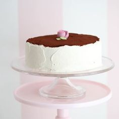 Supersaftig gulrotkake ( glutenfri) - Passion For baking Gluten Free Almond Cake, Almond Cakes, Vanilla Sponge Cake, Vanilla Cake, Pudding Desserts, Jelly Roll Cake, Valentines Baking, Chocolate Cream Cheese, Homemade Donuts