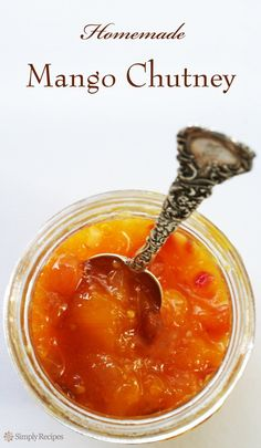 Mango chutney is EASY to make! This tangy, tasty condiment is a perfect dip or accompaniment to chicken, pork, or lamb Chutney Recipes, Jam Recipes, Canning Recipes, Curry Recipes, Sauce Recipes, Relish Recipes, Juicer Recipes, Detox Recipes, Peach Chutney