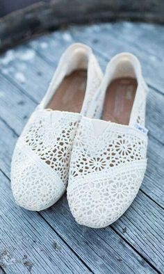 Toms White Lace Shoes Canada