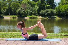 Част от аюрведичния подход за справянето с хроничните храносмилателни проблеми като подуване, гастрит, колит, нервен стомах, раздразнено дебело черво, запек, лениви черва и други, са йога упражненията.