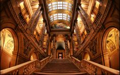 The beautiful Minnesota State Capitol offers daily tours. © Dan Anderson