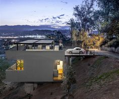 Original Roof Car Park Defining Contemporary Residence in LA | MR.GOODLIFE. - The Online Magazine for the Goodlife.