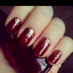 Glittery holiday ombré nails