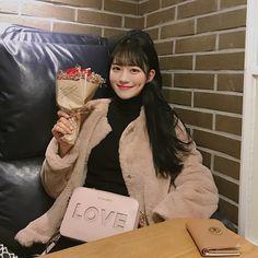Cute Korean Girl Ulzzang Korean Girl, Cute Korean Girl, Asian Girl, Pretty Girls, Cute Girls, Attractive People, Dimples, Asian Beauty, Korean Fashion