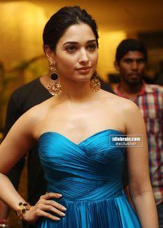 Indian Actresses, Women, Formal Dresses, Bollywood Actress, Model, Saree Designs, Actresses, Hottest Photos, Strapless Dress Formal