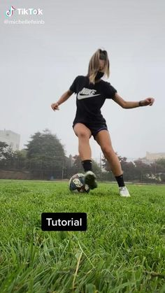 Soccer Footwork Drills, Soccer Practice Drills, Football Training Drills, Soccer Memes, Soccer Quotes, Soccer Tips, Soccer Videos, Soccer Gear, Soccer Stuff