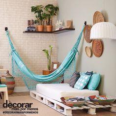 Delícia de cantinho relax com a rede e sofá de pallet! #decorarmaispormenos