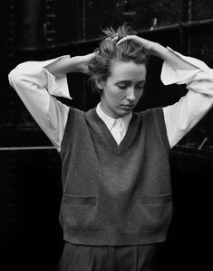 Margaret Howell is a contemporary British clothing designer. View the Margaret Howell campaigns. Margaret Howell, Jacquemus, Fashion Outfits, Womens Fashion, Fashion Styles, Fashion Tips, Ideias Fashion, Style Me, Personal Style