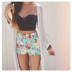 jewels shirt shorts jacket crop tops crop bralette strapless floral blue coral teal black tumblr crop bralette skirt cream cardigan blouse cardigan coat where can i get the top? loveit iwant it so bad :d please help me :p high waisted floral shorts turquoise High waisted shorts
