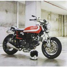 bestbikes — lemoncustommotorcycles: by @special_racer...