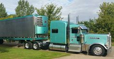 Peterbilt custom 379 with matchin reefer