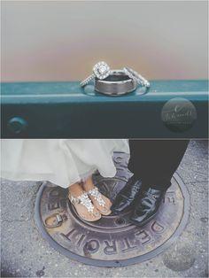 Downtown Detroit wedding idea | E Schmidt Photography | Metro Detroit Wedding Photographer