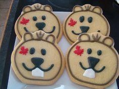 Canada Day sugar cookies so adorable! Fancy Cookies, Cut Out Cookies, Cupcake Cookies, Sugar Cookies, Canada Day 150, Happy Canada Day, Canada Holiday, Canada Christmas, Canadian Food