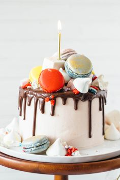 vanilla bean cake with macarons marshmallows and meringues