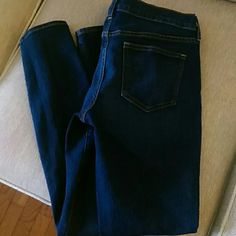 Old Navy skinny jeans Old Navy (The Diva) skinny jeans in brand new condition. Old Navy Jeans Skinny