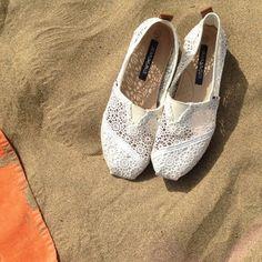 Jean Paul - Pargas. white crochet slipons Women's Shoes, Toms, Footwear, Slip On, Crochet, Sneakers, Fashion, Tennis, Moda