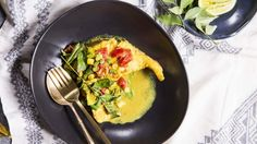 Fresh turmeric has an earthy, almost indescribable flavour, while curry leaves add a spicy, smoky punch. Fish Recipes, Seafood Recipes, Indian Food Recipes, Dinner Recipes, Chef Recipes, Tumeric And Ginger, Fresh Turmeric, Spicy Dishes, How To Cook Fish