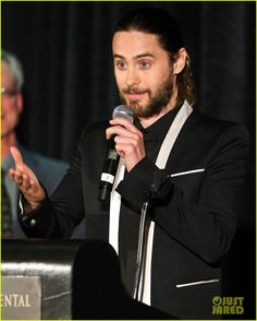 jared leto adele exarchopoulos lacfa awards 2014 05 Jared Leto goes for black and white at the 2014 Los Angeles Film Critics Association Awards held on Saturday evening (January 11) in Los Angeles. The 42-year-old…