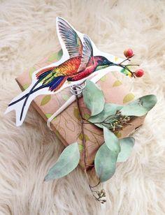Bei uns entdecken Sie die Kunst, wie Sie Geschenke schön verpacken. Überraschen Sie Ihren Geliebten zu feierlichen Anlässe mit unseren Ideen.