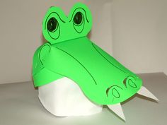 Make a paper Arlie the Alligator hat! Pattern download available soon on www.arliebooks.com