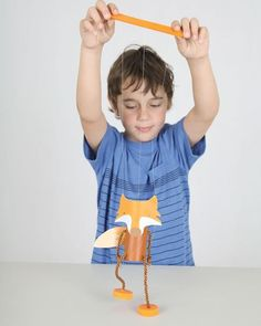 DIY Fantastic Mr Fox puppet / marionette from toilet rolls, paddle pop sticks, bottle tops and bottle tops - free templates - Crafts Are Fun Fox Crafts, Puppet Crafts, Diy With Kids, Projects For Kids, Crafts For Kids, Mr Fox, Pop Stick, Crafty Kids, Diy Toys