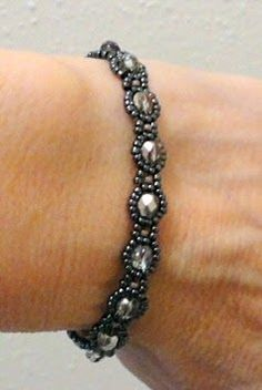 Linda's Crafty Inspirations: Bracelet of the Day: Waves of Wonder - Hematite & Amethyst + link for where to purchase pattern Beaded Braclets, Seed Bead Bracelets, Jewelry Bracelets, Hematite Bracelet, Amethyst Bracelet, Bead Jewellery, Seed Bead Jewelry, Beaded Jewelry, Bead Jewelry