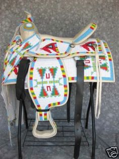 This beaded Saddle is beautiful. I wish I knew who done this work. so I can give them credit. Native American Horses, Native American Artifacts, Native American History, Indian Beadwork, Native Beadwork, Native American Beadwork, Horse Gear, Horse Tack, Breyer Horses