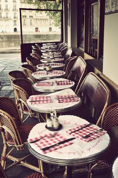 The Île Saint-Louis Cafe. Paris cafes. Vintage photography. Vintage Paris. https://www.etsy.com/shop/SooManyRoads