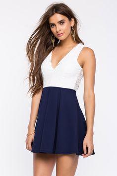 Кружевное платье Размеры: L Цвет: синий Цена: 2237 руб.  #одежда #женщинам #платья #коопт