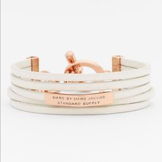 Marc Jacobs leather bracelet Cute leather bracelet❤️ has discoloring! Tried to represent well in photos, but I can post additional ones upon request❤️ please ask questions and use the offer button Marc by Marc Jacobs Jewelry Bracelets
