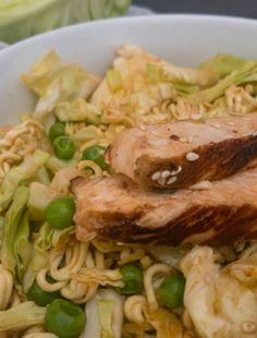 Asian Chicken Salad – The Genuine Table Easy Chicken Thigh Recipes, Chicken Soup Recipes, Cabbage Recipes, Sauce Recipes, Cooking Recipes, Cooking Gadgets, Terriyaki Sauce, Asian Chicken Salads, Salsa Picante