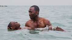 Three days after the New York Film Critics Circle dubbed La La Land as best picture, the Los Angeles Film Critics Association gave the honor to Barry Jenkins' Moonlight. The Los Angeles-set La La Land was [. Mahershala Ali, Good Movies On Netflix, Sad Movies, Movies To Watch, Saddest Movies, 2016 Movies, Movies Online, Star Wars Death Star, Oscar 2017