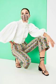Alice + Olivia Spring 2021 Ready-to-Wear Collection - Vogue Spring Fashion Trends, Fashion 2020, New York Fashion, Fashion Show, Fashion Outfits, High Fashion, Style Fashion, Alice Olivia, Mario Sorrenti