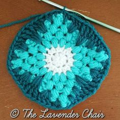 wallflower-mandala-square-free-crochet-pattern-mandala-blanket-cal-the-lavender-chair-2