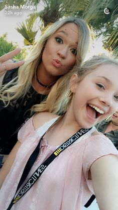 Alisha Marie and Sasha Morga!my two favorite YouTubers!✨ Sasha Morga, Alisha Marie, Youtube Stars, Famous Girls, Teen Girl Bedrooms, Dream Catchers, Role Models, Youtubers, Famous People