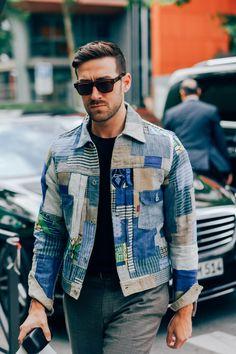 Mens fashion denim - The Most Stylish Men at Paris Fashion Week – Mens fashion denim Most Stylish Men, Stylish Mens Fashion, Mens Fashion Suits, Men's Street Style Paris, Cool Street Fashion, Paris Fashion, Denim Jacket Fashion, Denim Jacket Men, Denim Jackets