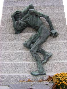 Père Lachaise Cemetery, Paris Mauthausen Memorial