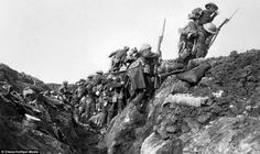"""Cuando la I Guerra Mundial casi nos deja sin """"El señor de los anillos"""" - http://www.actualidadliteratura.com/cuando-la-i-guerra-mundial-casi-nos-deja-sin-senor-los-anillos/"""