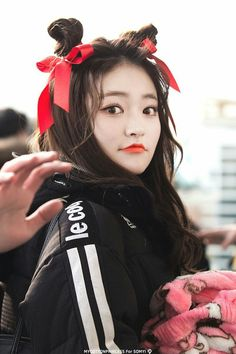 DIA - Somyi South Korean Girls, Korean Girl Groups, Fandom, Girl Crushes, Kpop Girls, My Girl, Idol, Winter Hats, Beautiful