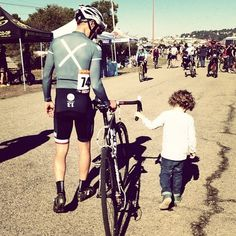 missioncycling:  Having NGF, LJF and @olimu cheering me at the...