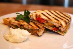 Easy Dinner Recipes for Kids Quesadillas #easy #dinner #recipes