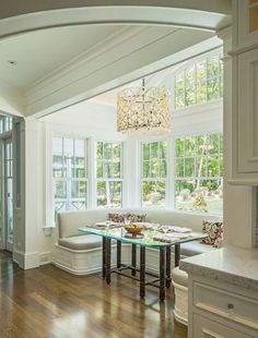 Kitchen nook with tons of windows!!!
