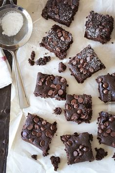 Amazing Flour-less Brownies | Skinnytaste