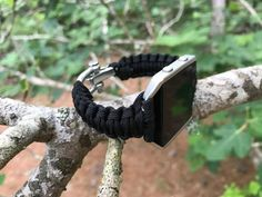 Survival Straps® Fitbit Blaze Paracord Watch Strap Bands are awesome and very similar to our tactical straps for the Apple Watch, Samsung Gear S3, Garmin Tactix